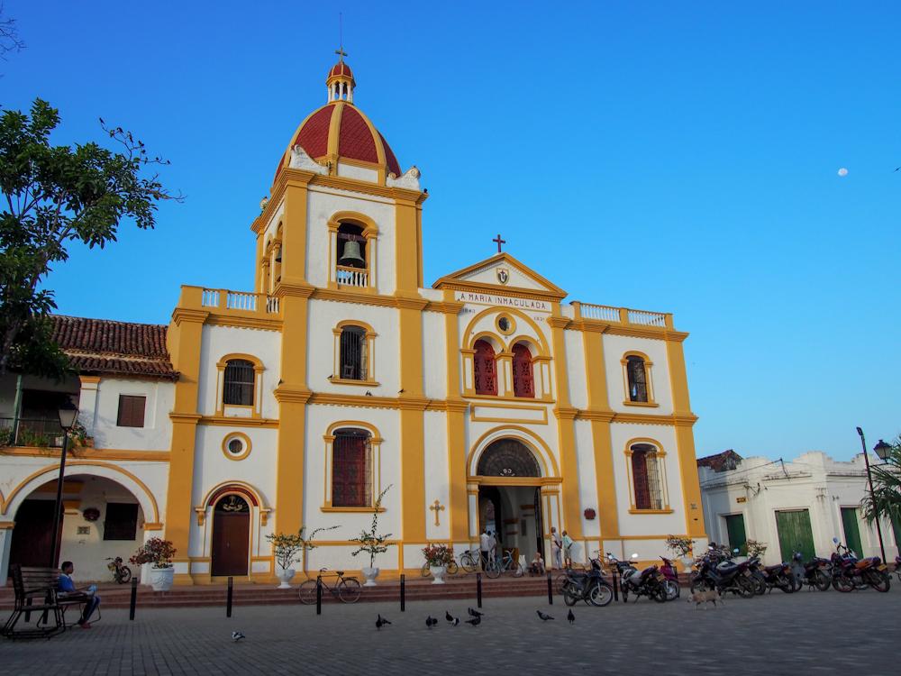 Plaza in Mompox on Sunday morning