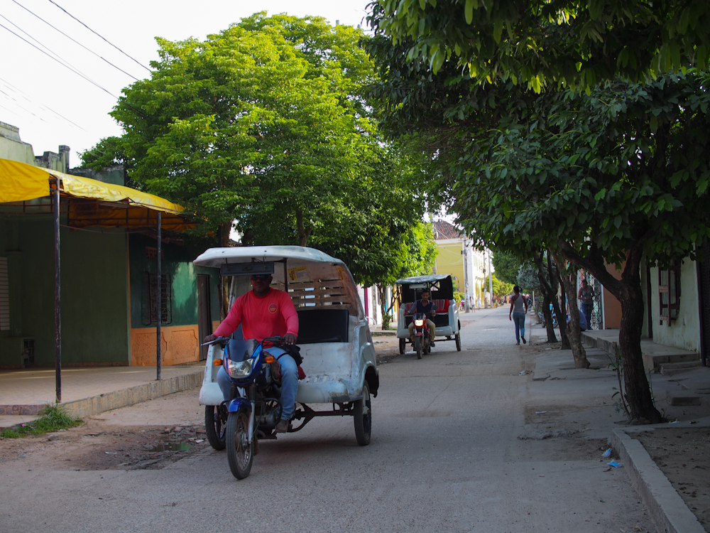 Tuk tuk in Mompox