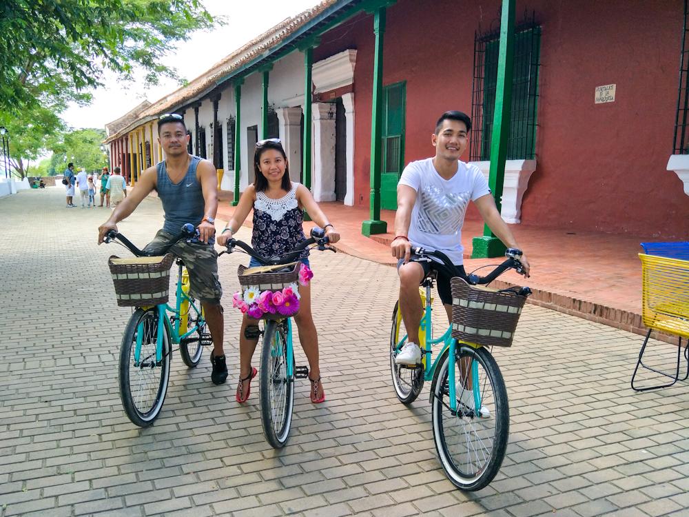 Exploring Mompox via bikes
