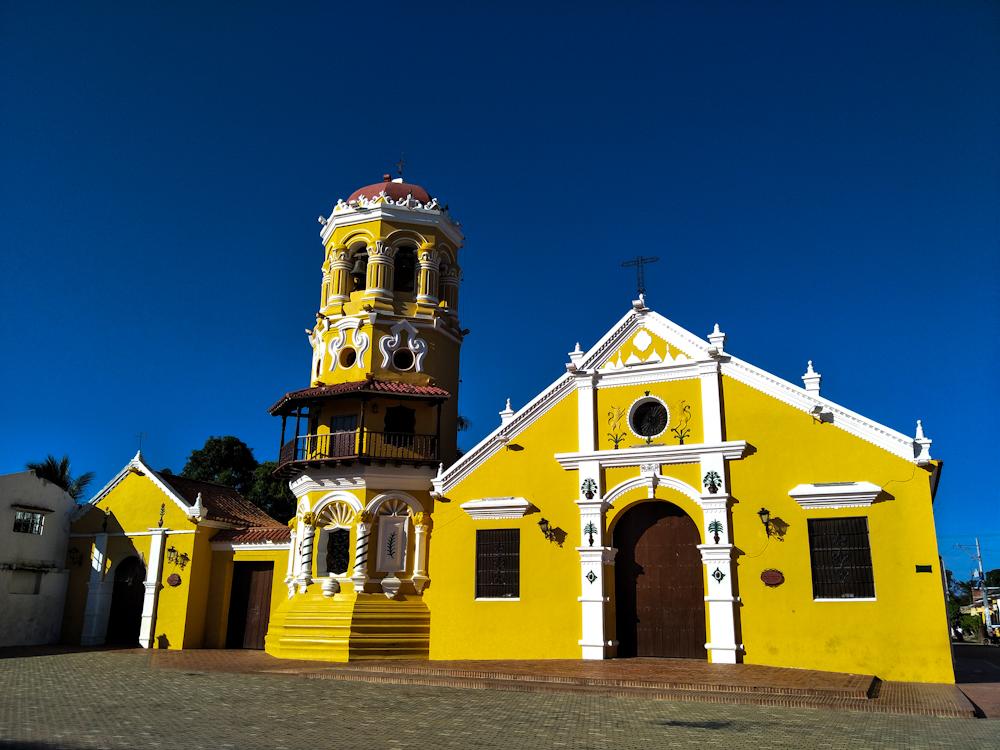 Iglesia Santa Babara (Santa Barbara Church)