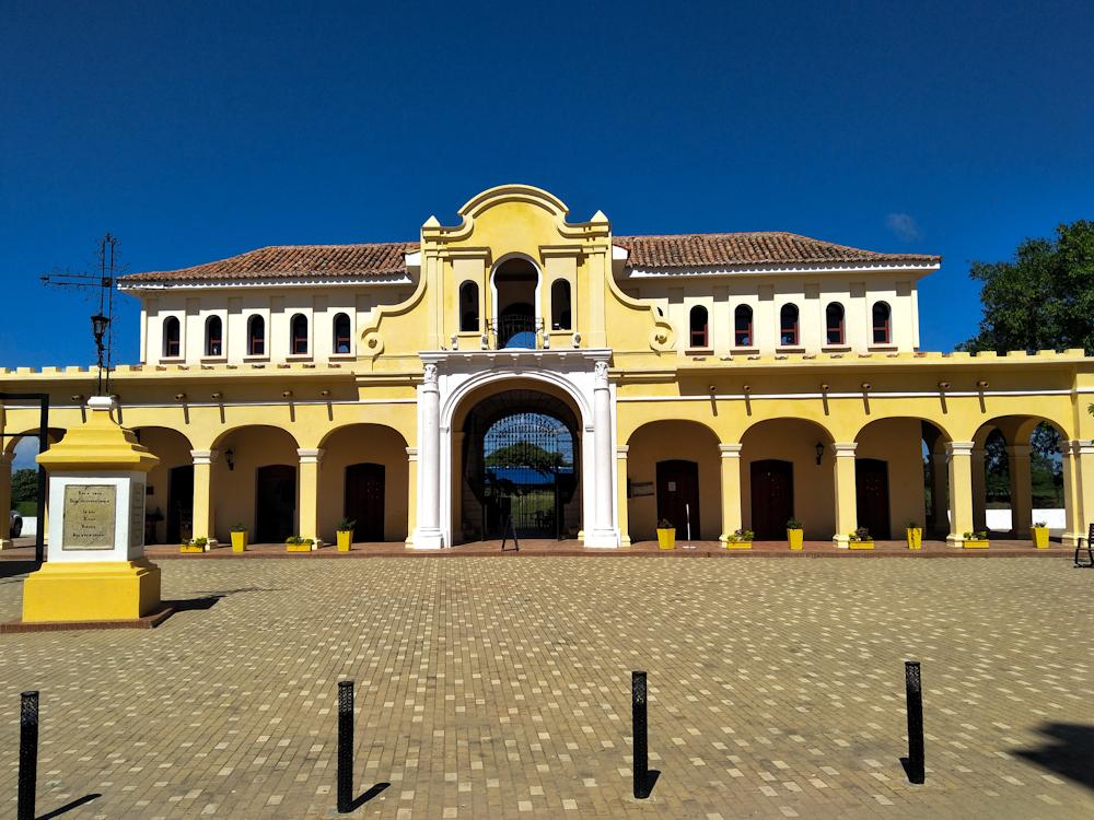 Mompox Plaza de Mercado (Market Square) by day