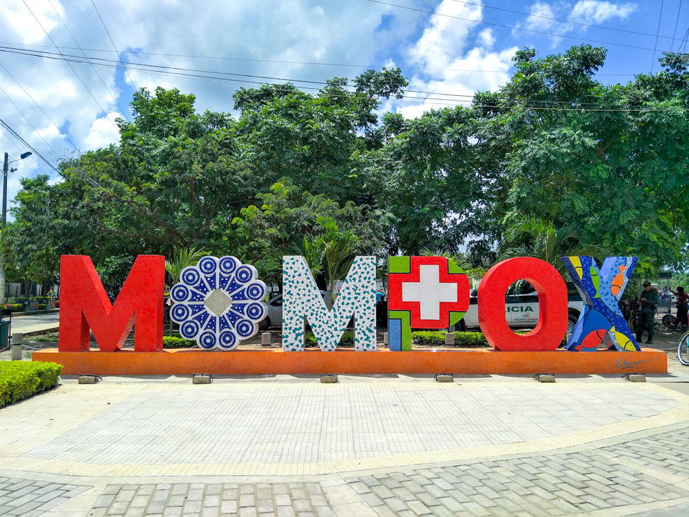 Mompox Sign